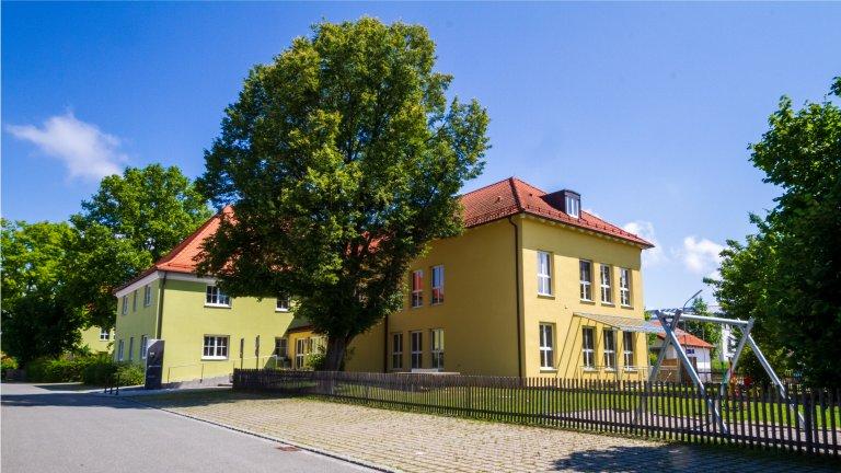 Grossansicht in neuem Fenster: Kinderhaus von außen